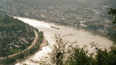 Foto 3 – Fahrt an den Rhein