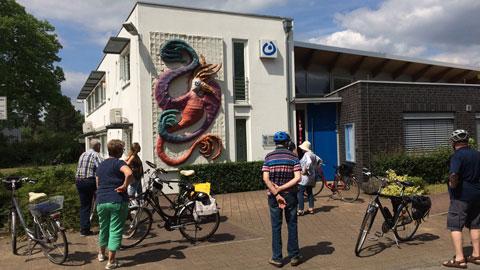 """Foto 4 – Radtour zum Thema """"Öffentliche Kunst"""" in ganz Dorsten mit Atelierbesuch(en)"""