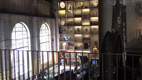 """Foto 5 – Radtour mit Petra Eißing zum Thema """"Öffentliche Kunst"""" im gesamten Stadtgebiet"""
