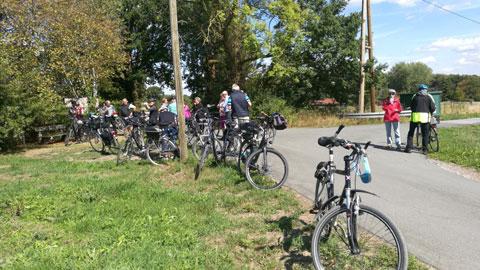 Foto 4 – Radtour zum Café Lühlerheide auf dem Gelände der ev. Stiftung Lühlerheim