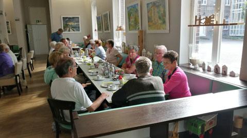 Foto 12 – Radtour zum Café Lühlerheide auf dem Gelände der ev. Stiftung Lühlerheim