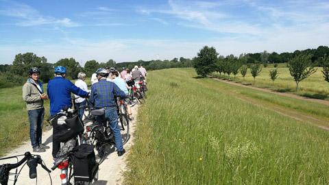 Foto 3 – Radtour nach Raesfeld – mit den Bürgermeistern Tobias Stockhoff, Andreas Grotendorst und der Regierungspräsidentin Dorothea Feller