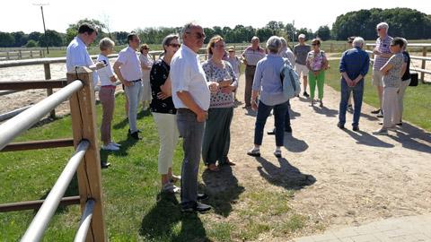 Foto 5 – Radtour nach Raesfeld – mit den Bürgermeistern Tobias Stockhoff, Andreas Grotendorst und der Regierungspräsidentin Dorothea Feller