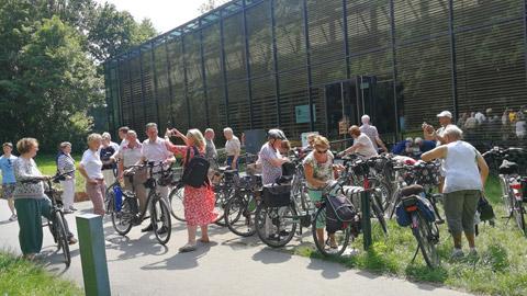 Foto 12 – Radtour nach Raesfeld – mit den Bürgermeistern Tobias Stockhoff, Andreas Grotendorst und der Regierungspräsidentin Dorothea Feller