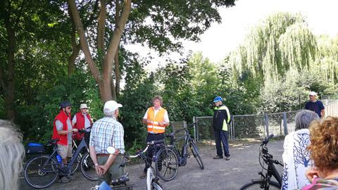 Foto 3 – Fachlich geführten Radtour zum Thema Fließgewässer in Dorsten