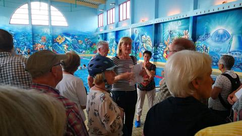 """Foto 2 – Radtour mit Petra Eißing zum Thema """"Kunst im öffentlichen Raum"""""""