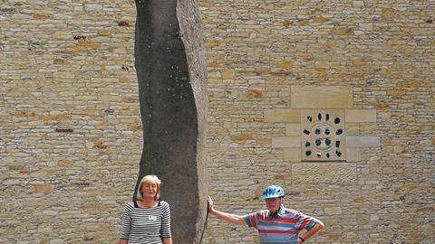 """Foto 3 – Radtour mit Petra Eißing zum Thema """"Kunst im öffentlichen Raum"""""""
