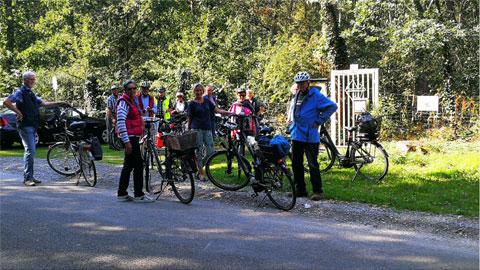 Foto 1 – Radtour mit anschließender Besichtigung der Sportanlage des Bogensportclub Dorsten e.V.