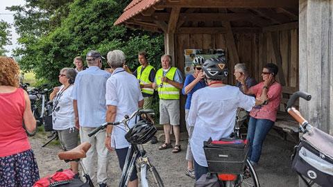 """Foto 2 – Radtour zum Thema """"Technik, die begeistert – Biogastechnologie und Wildenergiepflanzenanbau"""""""