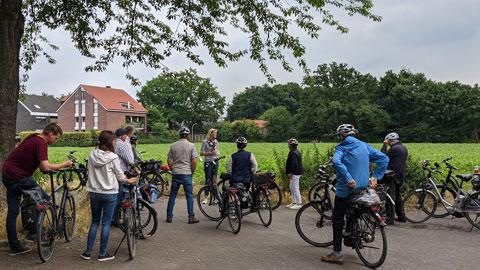 """Foto 5 – Gebuchte Radtour zum Thema """"vom Einkorn zum Mehrkorn – Kulturgeschichte des Getreides"""" mit Petra Eißing"""""""