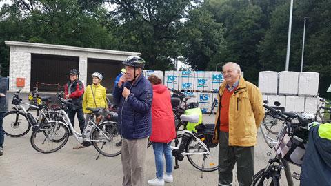 Foto 2 – Radtour mit Bürgermeister Tobias Stockhoff - Besuch der MUNA in Wulfen