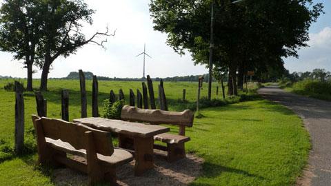 Sitzbänke am Emmelkamp
