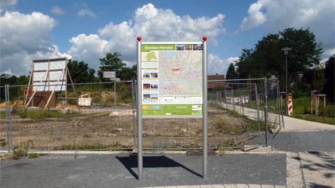 Informationstafel am Bahnhof Hervest
