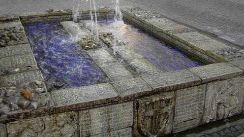 Tisa-Brunnen vor dem Alten Rathaus