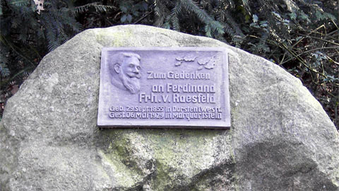 Erinnerungstafel für Ferdinand von Raesfeld im Barloer Busch